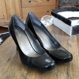 Kenneth Cole, rubber sole, small heels